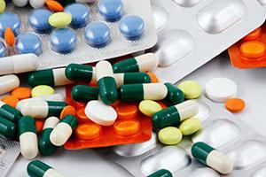 Медикаментозное лечение проводят на начальных стадиях
