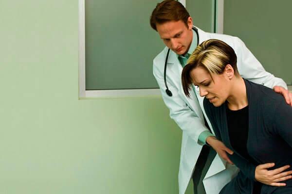 Установить причину боли и устранить ее может только врач