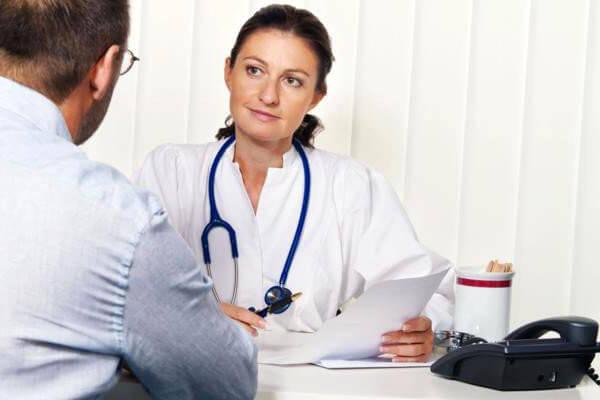 Обнаружить причину развития геморроя может только врач