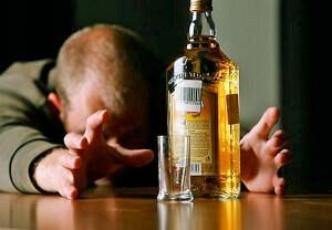 Злоупотребление алкоголем приводит к развитию проктита