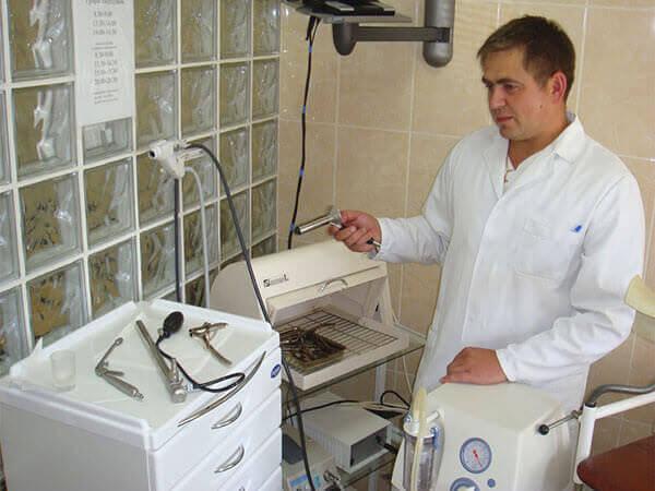 Показанием к операции будет результат проведения ретроманоскопии, аноскопии