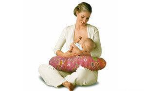 Для лечения геморроя у молодых мам подбираются безопасные препараты