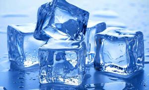 При кровотечении к анусу нужно приложить лед