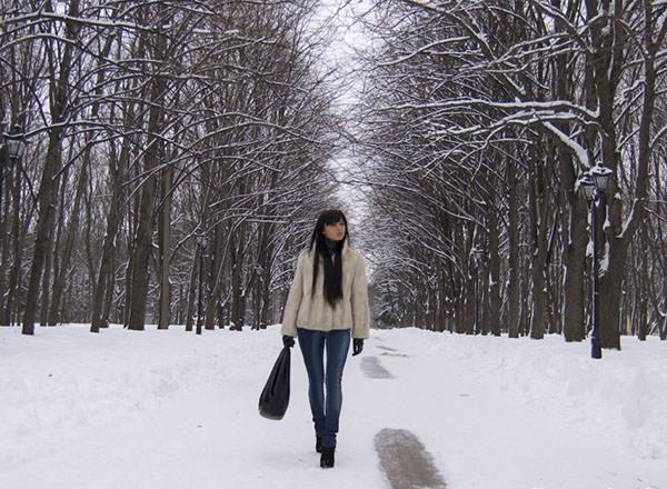 Прогулки пешком помогут укрепить мышцы малого таза