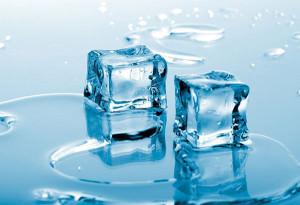 Лед из холодильника поможет остановить кровотечение