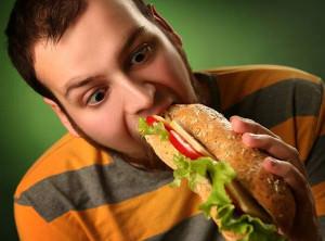 Неправильное питание приводит к нарушениям в ЖКТ