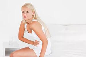 Боль внизу живота и заднем проходе после дефекации