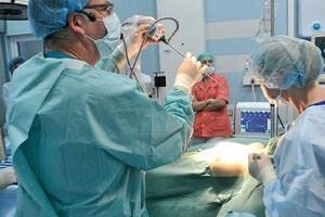 Операция парапроктита поможет избавиться от болезни