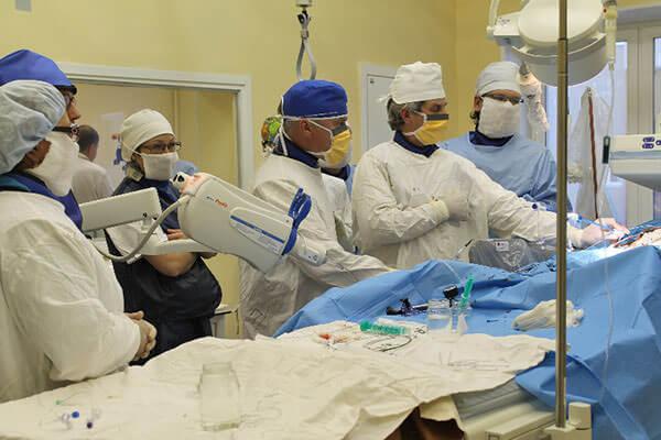 Запущенные формы геморроя лечат оперативным вмешательством
