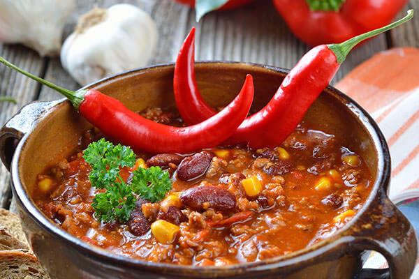Регулярное потребление острых блюд увеличивает риск развития геморроя