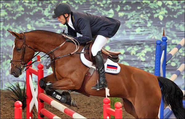 Занятия конным спортом могут стать причиной обострения геморроя