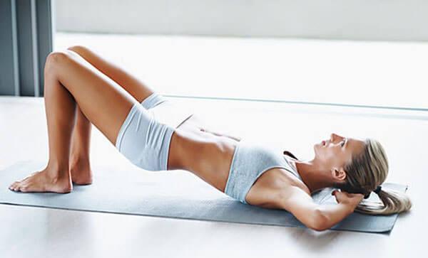 Специальные упражнения укрепляют мышцы тазового дна