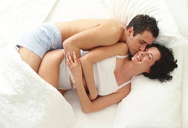 При геморрое занятия традиционным сексом не имеют противопоказаний