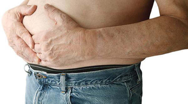Чувство переполненности желудка после дефекации - признак геморроя