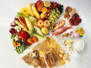Для успешного лечения геморроя у женщин обязательно нужно откорректированное питание