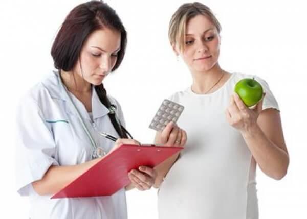Яблоко и таблетки